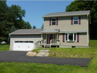 279 Hinsdale Road, Winchester NH