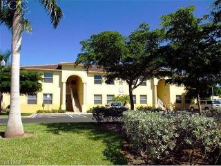 4275 Bellasol Cir #2213, Fort Myers, FL 33916
