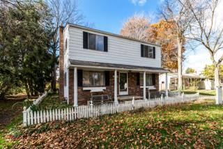 2976 Vincent Road, Silver Lake OH