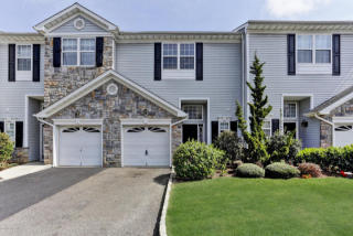 41 Harbor Bay Circle #376, Laurence Harbor NJ