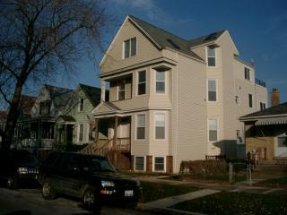 3905 North Francisco Avenue, Chicago IL