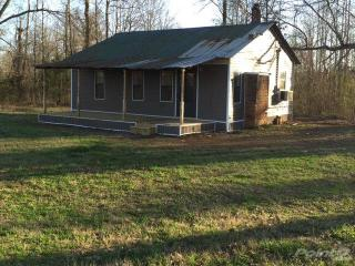 2391 County Rd #725, Blue Mountain, MS 38610