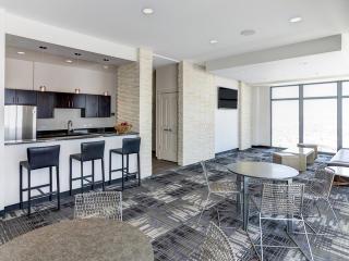 3400 W Stonegate Blvd, Arlington Heights, IL 60005