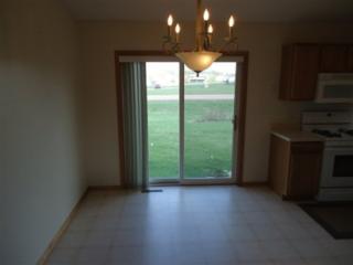 801 Heritage Trl, Belle Plaine, MN 56011