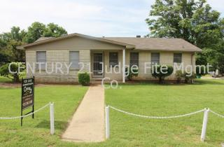 300 E 5th St, Springtown, TX 76082