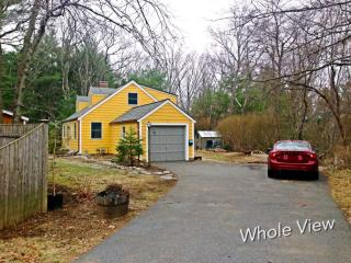 45 Bay View Rd, Wellesley, MA 02482