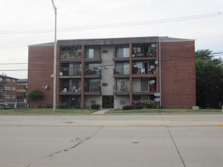 8100 West 87th Street #3A, Hickory Hills IL