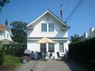 114 Euclid Ave, Allenhurst, NJ 07711