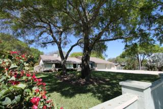 3934 Dunn Drive, Sarasota FL