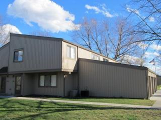 11886 Harbour Light Drive, North Royalton OH