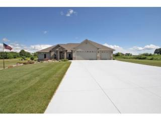 7493 West Cross Country Lane, Hortonville WI
