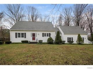 2 Oak Grove Road, Brookfield CT