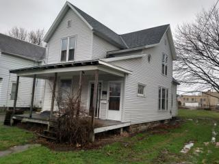 12 Wentz Ave, Shelby, OH 44875