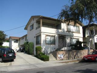 2651 East Wall Street, Signal Hill CA