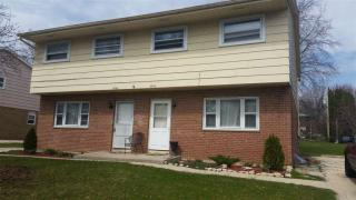 5940 Strathmoor Drive, Rockford IL