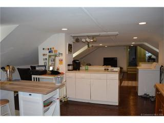 185 Main St #E, Farmington, CT 06032