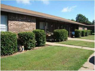 1219 W Sunset Dr, Rogers, AR 72756