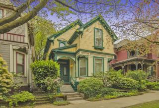 1720 Northwest Hoyt Street, Portland OR