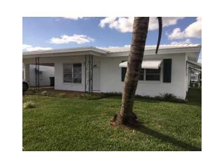 8207 Northwest 59th Court, Tamarac FL