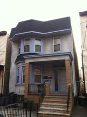 213 52nd St, West New York, NJ 07093