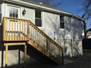 27 Center Ave #B, Keansburg, NJ 07734