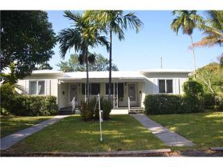 841 Northeast 119th Street, Biscayne Park FL