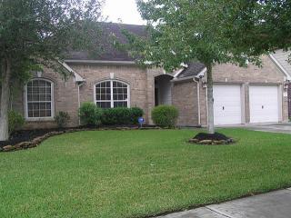 1304 Ocean Manor Lane, League City TX