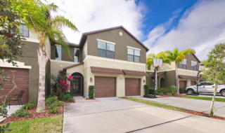 1400 Lara Circle #102, Rockledge FL