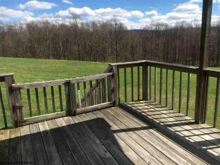 680 Herm Criss Rd, Tunnelton, WV 26444