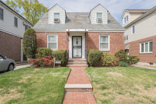 6934 185th Street, Queens NY