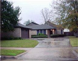 15222 La Mancha Drive, Houston TX