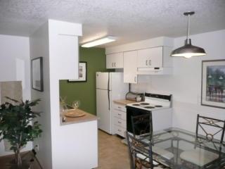 8049 SE Monroe St, Milwaukie, OR 97222