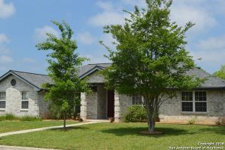 1226 Fox Glen Road, New Braunfels TX