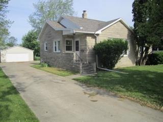 107 S Karr St, Heyworth, IL 61745