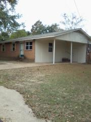 902 Sycamore St, Athens, TX 75751