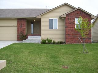 5831 NE Park View St, Park City, KS 67219