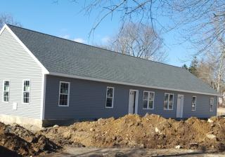 337 Middle Rd, Acushnet, MA 02743