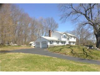 11 Milton Road, Quaker Hill CT