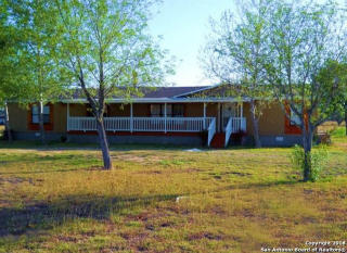 200 County Road 4443, Hondo TX