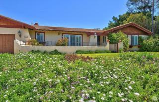 1062 La Cresta Drive, Thousand Oaks CA