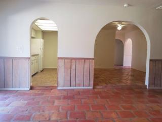 1422 E Yucca St, Phoenix, AZ 85020