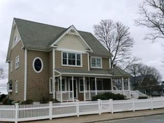 30 West Central Avenue, Onset MA