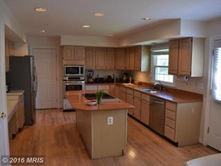 14213 Floral Park Dr, North Potomac, MD 20878