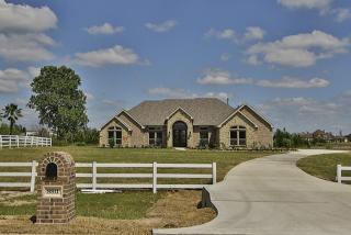 8811 Grand Lake Estates Drive, Montgomery TX