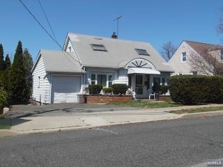 37 Oak Grove Avenue, Hasbrouck Heights NJ