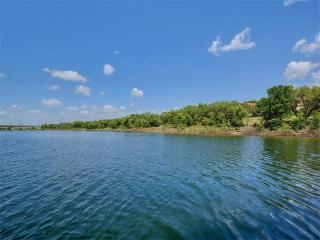 4 Sunset Park Cove, Lakeway TX