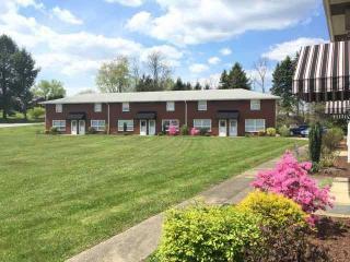 519 Stone Villa Ct, Greensburg, PA 15601