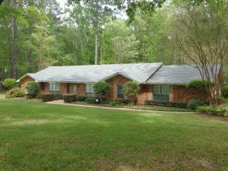 1070 Rolling Hills Drive, Crystal Springs MS