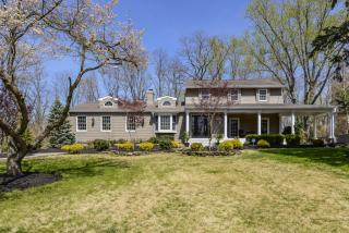 29 Woodhollow Road, Colts Neck NJ