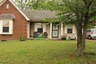4560 Columbia Woods Lane, Millington TN